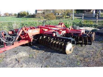 Gregoire Besson BOXR MK 40 - cover crop