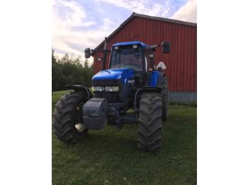 New Holland TM115  - tracteur agricole